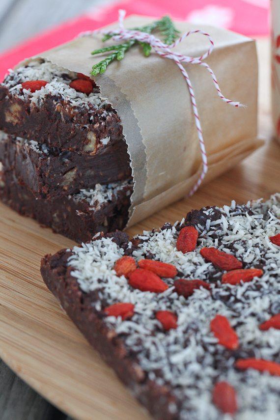 Holiday raw chocolate fudge